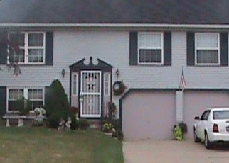 Pre Foreclosure in Twinsburg 44087 BELLEAU DR - Property ID: 1212162841