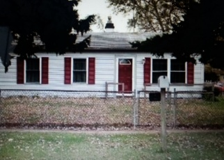 Pre Foreclosure in Lake Station 46405 E 20TH AVE - Property ID: 1212454976