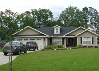 Pre Foreclosure in Starke 32091 S PARKER ST - Property ID: 1212708104