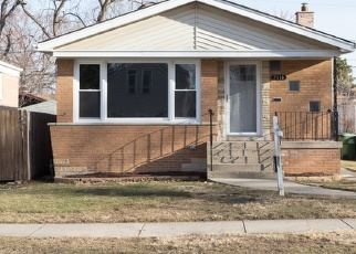 Pre Foreclosure in Evergreen Park 60805 W 97TH PL - Property ID: 1213165354