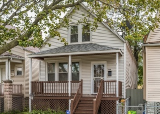 Pre Foreclosure in Chicago 60636 W 74TH PL - Property ID: 1213172364