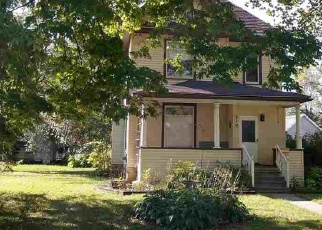 Pre Foreclosure in Cresco 52136 2ND ST W - Property ID: 1213357179