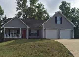 Pre Foreclosure in Fayetteville 28306 KENDALL GROVE CT - Property ID: 1213680865
