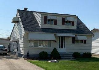 Pre Foreclosure in Brook Park 44142 DELORES BLVD - Property ID: 1214242331