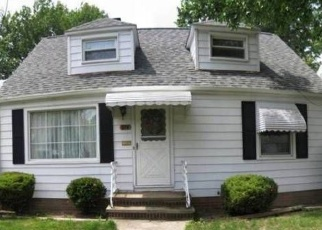 Pre Foreclosure in Euclid 44123 E 242ND ST - Property ID: 1214295319