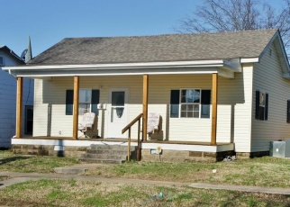 Pre Foreclosure in Metropolis 62960 CATHERINE ST - Property ID: 1214562947