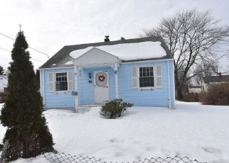 Pre Foreclosure in South Portland 04106 EVANS ST - Property ID: 1214750383