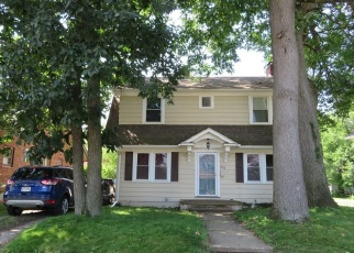 Pre Foreclosure in Toledo 43613 CHARLESTOWN AVE - Property ID: 1215385897