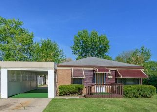 Pre Foreclosure in Chicago 60652 S KENTON AVE - Property ID: 1215707806