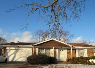 Pre Foreclosure in Matteson 60443 BEECHWOOD RD - Property ID: 1215803723