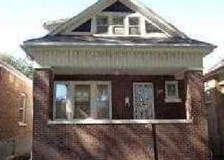 Pre Foreclosure in Chicago 60619 S CALUMET AVE - Property ID: 1215829552