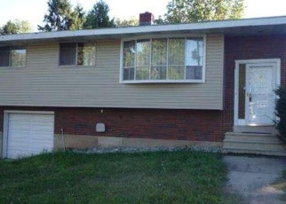 Pre Foreclosure in Reading 19606 SAINT GEORGE ST - Property ID: 1215934221