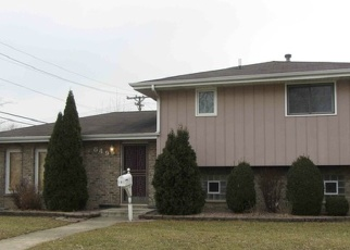 Pre Foreclosure in Calumet City 60409 GREENBAY AVE - Property ID: 1216154534