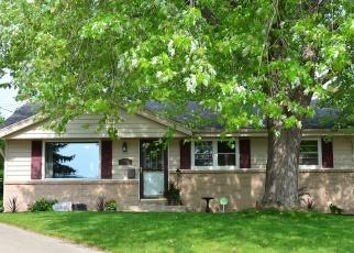Pre Foreclosure in Menomonee Falls 53051 LUCERNE DR - Property ID: 1216221544