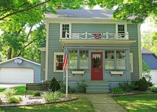 Pre Foreclosure in Waukesha 53186 FREDERICK ST - Property ID: 1216250445