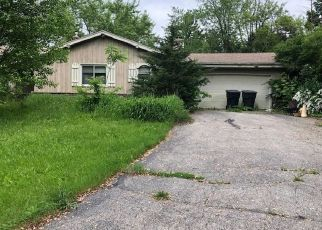 Pre Foreclosure in Mukwonago 53149 FLORENCE CT - Property ID: 1216302572