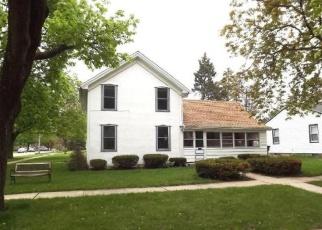 Pre Foreclosure in Lake Geneva 53147 WALWORTH ST - Property ID: 1216320523