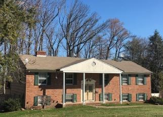 Pre Foreclosure in Springfield 07081 FAR HILLS RD - Property ID: 1216853989