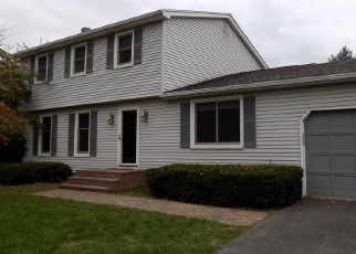 Pre Foreclosure in Fairport 14450 CHARLES GATE - Property ID: 1217547730