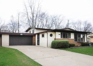 Pre Foreclosure in Chicago Heights 60411 PLEASANT DR - Property ID: 1218339583