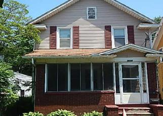 Pre Foreclosure in Toledo 43612 HAZELHURST AVE - Property ID: 1218362354