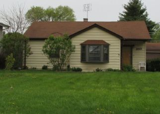 Pre Foreclosure in Wood Dale 60191 ASH AVE - Property ID: 1218414476