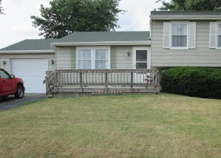 Pre Foreclosure in Oregon 43616 LANTERN DR - Property ID: 1218423677