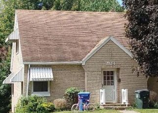 Pre Foreclosure in Muscatine 52761 MULBERRY AVE - Property ID: 1218796835