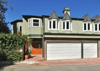 Pre Foreclosure in Sherman Oaks 91423 OAKFIELD DR - Property ID: 1218969385