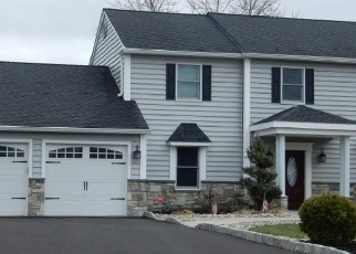Pre Foreclosure in Warminster 18974 KEMPER DR - Property ID: 1219504147