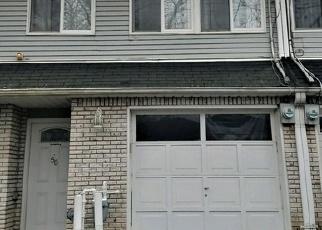 Pre Foreclosure in Staten Island 10312 ROBINSON AVE - Property ID: 1219899200