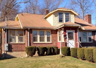 Pre Foreclosure in Randolph 02368 OVERLOOK RD - Property ID: 1220116440