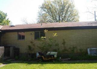 Pre Foreclosure in Cincinnati 45247 CHEVIOT RD - Property ID: 1220208864