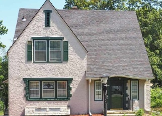Pre Foreclosure in Topeka 66611 SW TERRACE AVE - Property ID: 1220726995