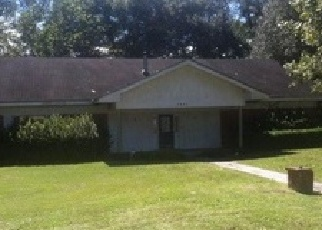 Pre Foreclosure in Cottondale 32431 OAK ST - Property ID: 1221463201