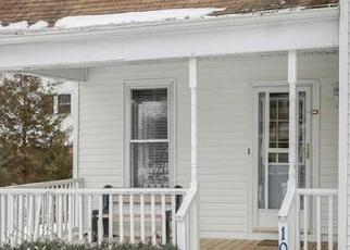 Pre Foreclosure in Mahomet 61853 E DUNBAR ST - Property ID: 1221475928
