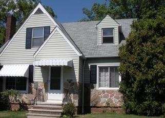 Pre Foreclosure in Beachwood 44122 KINGS HWY - Property ID: 1221745711