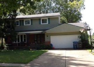 Pre Foreclosure in Berea 44017 WALLACE DR - Property ID: 1221773744