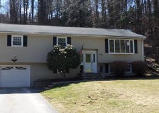 Pre Foreclosure in Leominster 01453 CUMBERLAND RD - Property ID: 1222370253