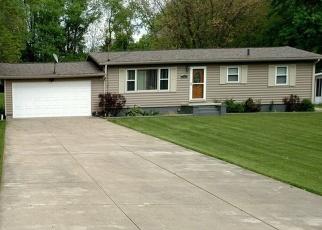 Pre Foreclosure in Akron 44306 VAN LYNN RD - Property ID: 1222834510