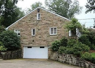 Pre Foreclosure in Pittsburgh 15216 N MEADOWCROFT AVE - Property ID: 1223014967