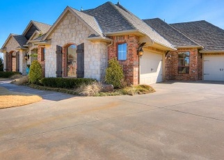Pre Foreclosure in Mustang 73064 W NANDINA WAY - Property ID: 1223050880