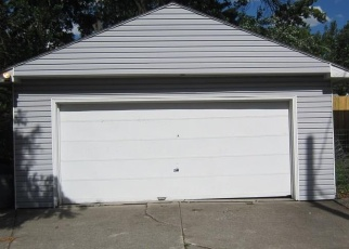 Pre Foreclosure in Toledo 43613 WOODMONT RD - Property ID: 1223682426