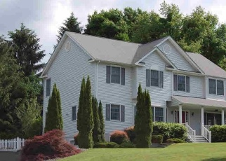 Pre Foreclosure in Pawling 12564 PADDOCK CT - Property ID: 1225156654