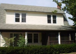Pre Foreclosure in Freeport 11520 W WOODBINE DR - Property ID: 1225354616