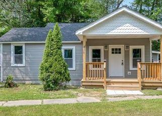 Pre Foreclosure in Bloomingburg 12721 PETTICOAT LN - Property ID: 1225384840