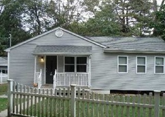Pre Foreclosure in Brookhaven 11719 S COUNTRY RD - Property ID: 1225842517