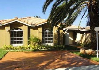 Pre Foreclosure in Miami 33177 SW 157TH TER - Property ID: 1226290114