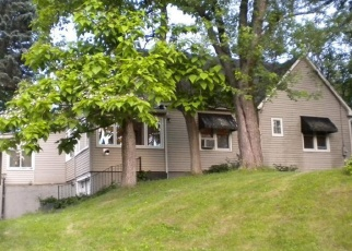 Pre Foreclosure in West Coxsackie 12192 SCHELLER PARK RD - Property ID: 1226412314