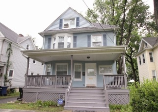 Pre Foreclosure in Plainfield 07060 KENSINGTON AVE - Property ID: 1227181852